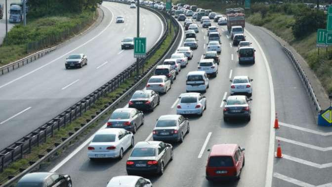 Aracı olanlara yeni yük: Yol vergisi geliyor!