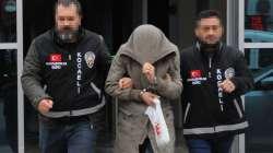Babasını öldüren cezaevi firarisi, İzmit'te alışverişte yakalandı