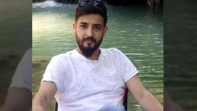 Genç adam atkıyla kendisini asarak intihar etti